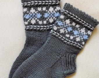 Knit childrens socks Warm childrens socks Handknit socks for a little boy Wool socks Grey socks