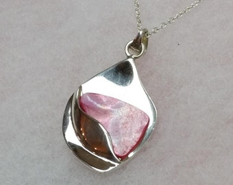 925 Silver Pendant with mother of Pearl plate SK320