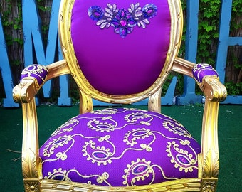 Accent chair purple and gold carved frame full of details fancy work handmade custom french chairs amelierococo