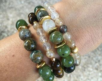 """Set of 4 """"Jacki"""" beaded bracelets // Free shipping"""