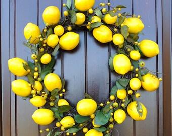 Lemon Wreath~Spring Wreath~kitchen wreath~window pane wreath~mirror wreath~fruit wreath~citrus wreath~kitchen decor~lemons