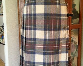 Vintage Plaid Kilt Skirt  *  James Dalgliesh *  Size Small