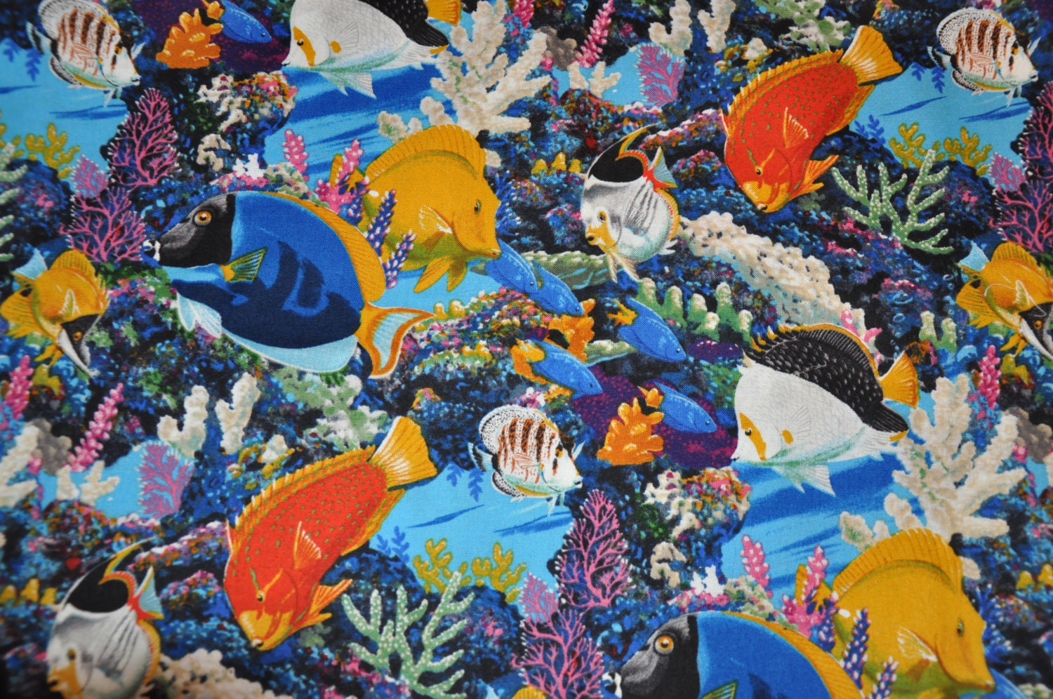 Salt water fish 100 cotton quilt fabric by david textiles for Fish fabric for quilting