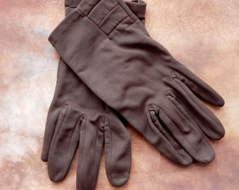 A Lovely Pair of Vintage nylon gloves , Good condition, shabby chic. retro.Boho. Evening gloves.Brown.
