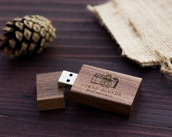 1 Walnut Wood USB Flash Drive