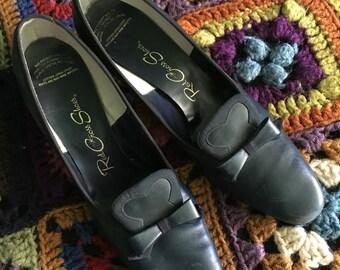 Navy blue 1960s heels