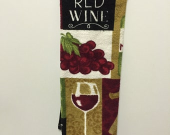Grapes Kitchen Towel,Grapes Decor,Grapes and Wine,Wine Tea Towel,Handmade,Under ten Dollars,Hostess Gift,gift for her,Wine Hand Towel,grapes