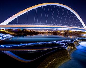 Iowa Women of Achievement Bridge - Des Moines night photo - canvas print