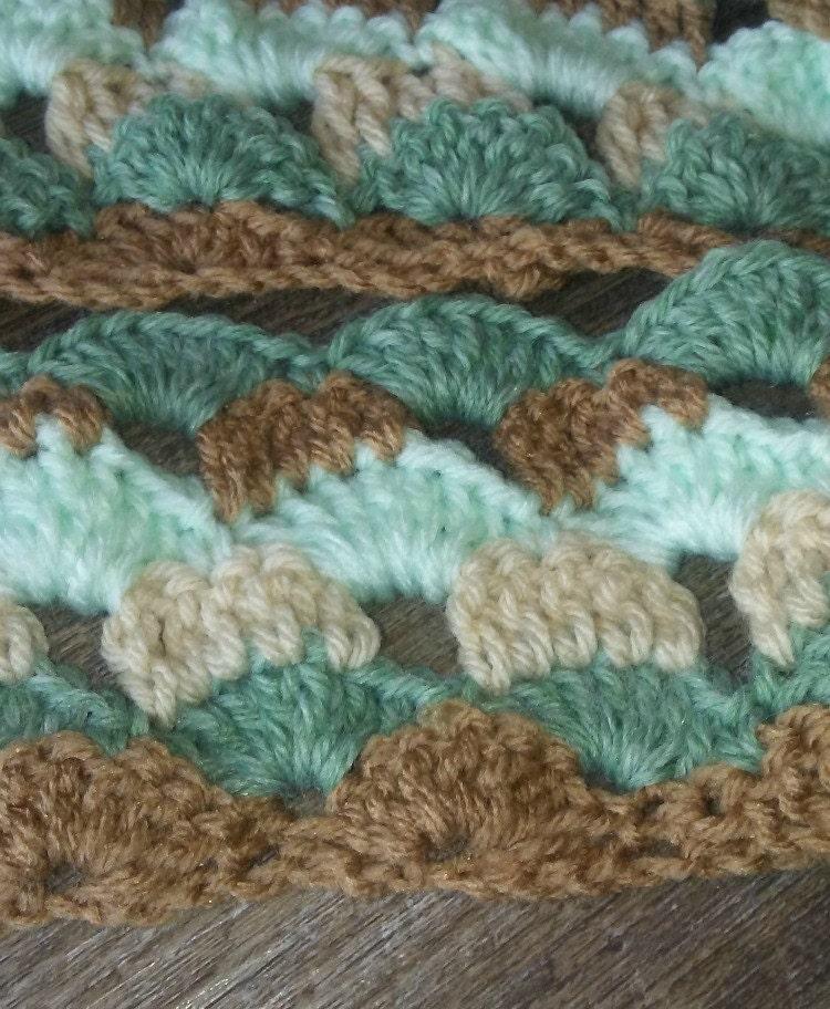 Beach Theme Blanket: Crochet Shell Stitch Afghan Beach Themed Baby Blanket