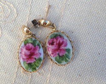 Flower Earrings, dangle earrings,  vintage dangle flower earrings, dangle earrings, dangle flower earrings, pink flower earrings, dangle