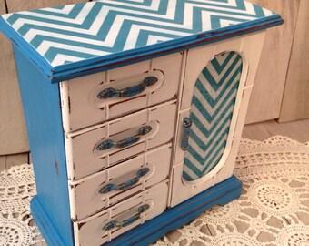 Chevron jewelry box- blue and white jewelry storage-chevron jewelry storage-blue jewelry box-blue jewelry storage-teen jewelry box-vintage