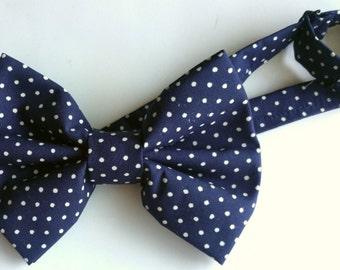 Polka dot bow tie. neck tie