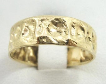 NEW Solid 10K Gold Handmade Deep Hammer Texture Band Ring 3.3 grams 6mm Size 9