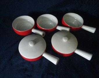 Vintage French Onion Soup Bowls - Set of 5 and 2 lids