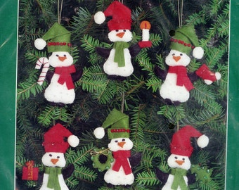 Bucilla Gallery of Stitches Penquins Jeweled Ornaments Kit