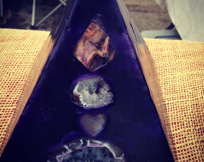 Crystal Candle~ Deep Purple Pyramid Candle with an inlaid Crystal Geode, Amethyst, Clear Quartz and Rose Quartz that illuminate when lit.