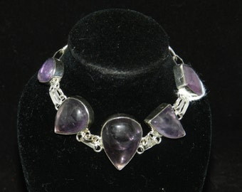 FT951 Amethyst Stone Bracelet