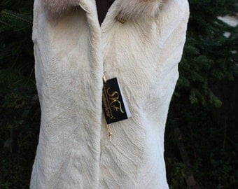 Luxury gift/ New Sheared PEARL Beaver Fur vest Fox Collar/ Wedding,or anniversary present