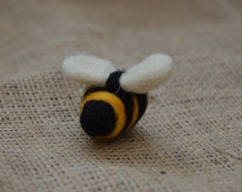 Needle felted Bumble Bee brooch pin handmade