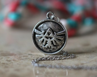 The Legend of Zelda jewelry Triforce necklace Metal Pendant gift Halloween gift Christmas gifts