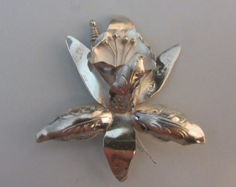 Sterling Silver 3D Flower Brooch Pin 5.13g