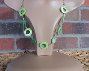 Green circle mother of pearl  beaded necklace with chain