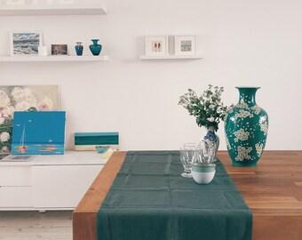 Emerald. Linen Table Runner. Dark Green, 20'' x 50'' (50 x 150 cm)