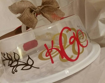 Personalized cake carriers!