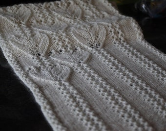 Pattern: Winter Plumage Scarf