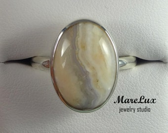 Lace Agate Ring, Silver Stone Ring, Lace Agate Sterling Ring, Gemstone, Sterling Lace Agate Ring, Semi-transparent Lace Agate Ring, A Gift