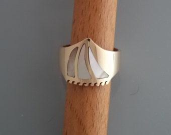 Caravel Sail Boat Rings