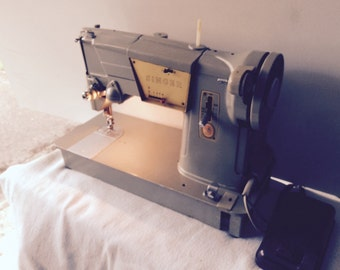 1960s Singer 328k model metal sewing machine full working order with case