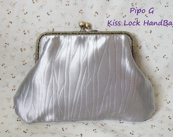 Kiss Lock HandBag / Silver Color / Christmas Gift - Handmade in Hong Kong By Pipo G