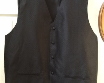 Gentlemen's 2X lightweight black vest