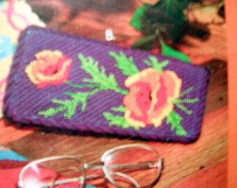 Vintage Creative Circle POPPIES Checkbook Cover or Eyeglass Case Needlepoint Kit