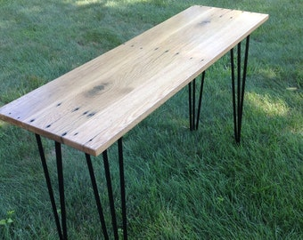 Accent table , end table , small table