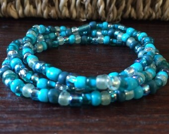 Teal bead bracelet