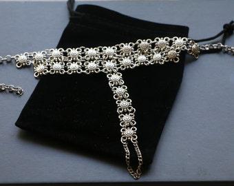 Silver foot bracelet