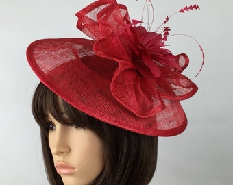 Last 1! Red fascinator. Wedding hatinator ascot ladies day mother of the bride Prom party