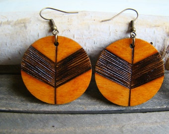 wooden earrings, wooden hoop earrings, woodburned earrings, natural earrings, hoop earrings, boho earrings, ecologic earrings