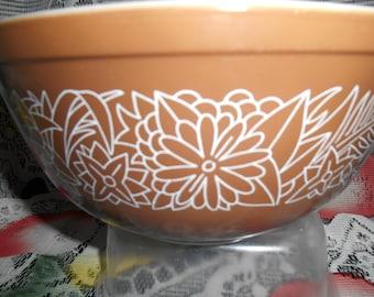 Vintage Pyrex woodland 403 bowl 1970s