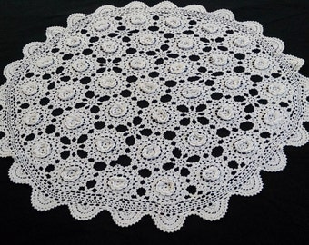 Small White Vintage Lace Round Tablecloth. Raised Irish Lace Roses Pattern  Large Crocheted Doily.