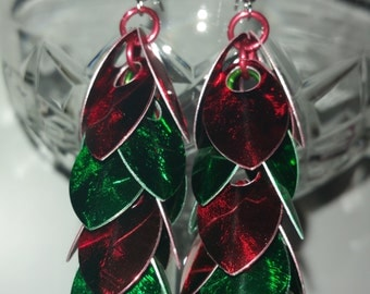 Christmas Earrings - Scale Mail - Small scales - Shaggy Chandelier Design - Red and Green