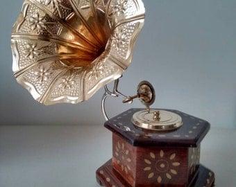 Wooden Gramophone, Miniature Gramophone, non Working Gramophone ,Gramophone Model
