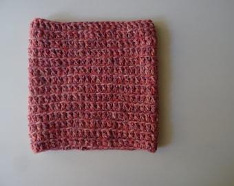 Pink wool collar