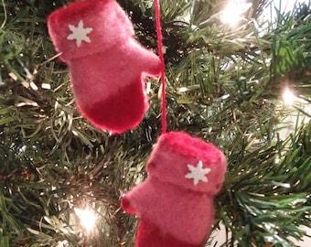 Christmas Mittens (35)