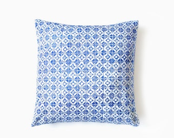 Batik Pillow Cover - Indigo batik pillow - boho pillow - throw pillow
