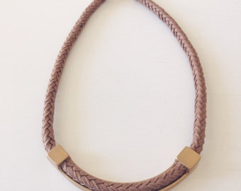 Gorgeous and original metal and cotton necklace