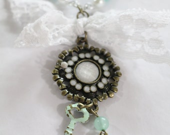Antique pendant on a Pearl Beaded Necklace Jewelry Set