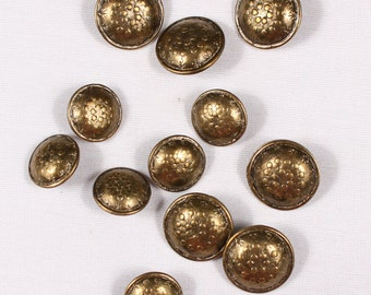 12 buttons 18mm or 22mm, metal, brass rod (3889)